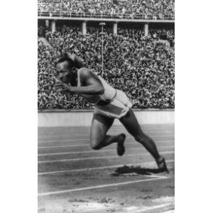 Historic Photos Jesse Owen 1936