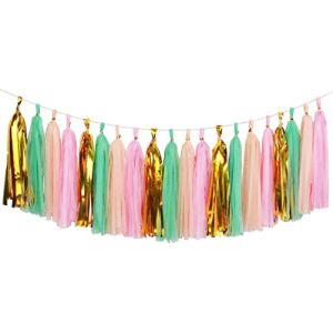 Aonor Green Tassel Garland
