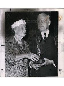 Vintage Photos award  helen kellers