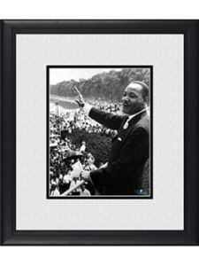 HollywoodMemorabilia giving speech  martin luther kings